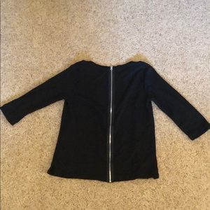Mid-length sleeve sweater with zipper